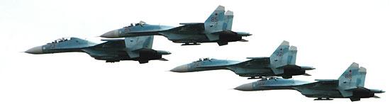 Четверка Су-27 над Амуром